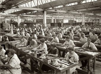 external image factory-workers-1024x749.jpg