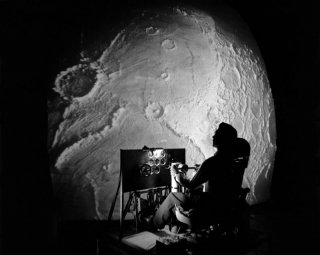 How NASA Created a Flight Simulator for the First Astronauts Landing on the Moon
